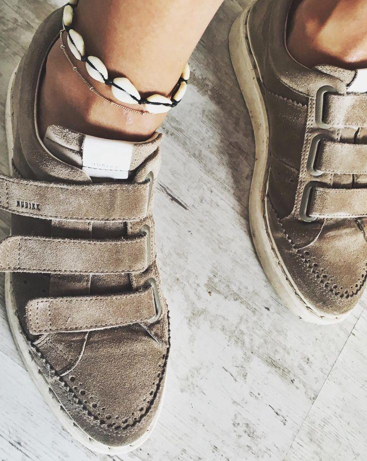 Noah Straps Suede taupe #NBKK #nubikkofficial #nubikk #footwear #sneakers