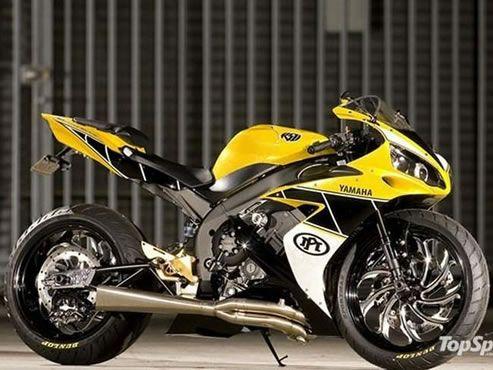 Yamaha R1 customizada amarela e preta #supermotos #superbikes #yamahar1