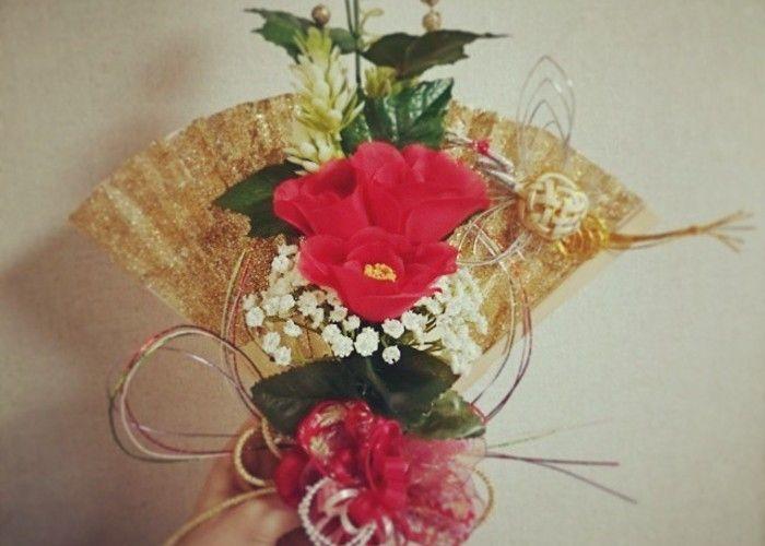 和装にはこれ!扇子にお花をアレンジした『扇子ブーケ』が可愛すぎる♡のトップ画像