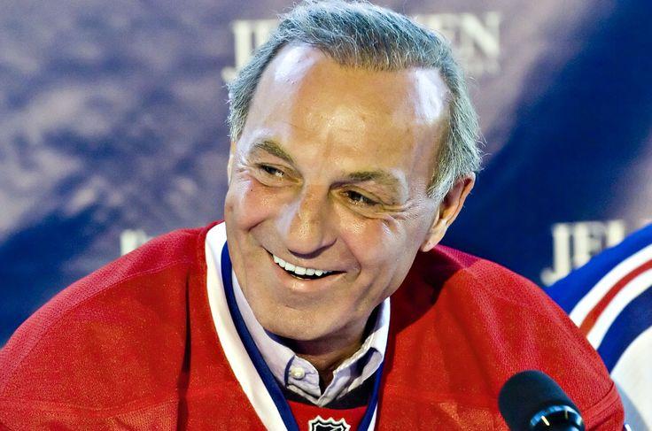 Guy Lafleur : Début de la saison 1984-1985, Lafleur prend le monde du hockey par surprise en annonçant sa retraite. Il s'est retiré avec 518 filets en saison régulière, ce qui lui valait le deuxième rang derrière les 544 buts de Maurice Richard. Ses 728 assistances et ses 1246 points en rencontres de calendrier régulier sont des sommets dans l'histoire des Canadiens.
