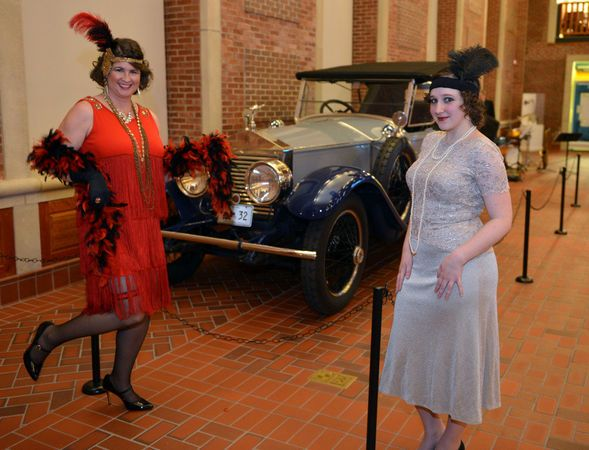 Seen@: Martinis, Jazz, & The Roaring 20's at the Wood Museum of Springfield History - Photo Gallery - masslive.com: Roaring 20 S, Wood, Photo Gallery, History Photos, Roaring Blast, The Roaring 20S, Photo Galleries, Springfield History
