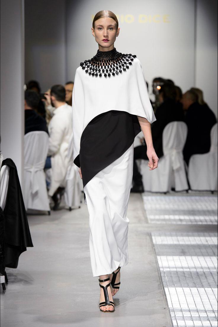 Sfilata Mario Dice Milano - Collezioni Autunno Inverno 2017-18 - Vogue