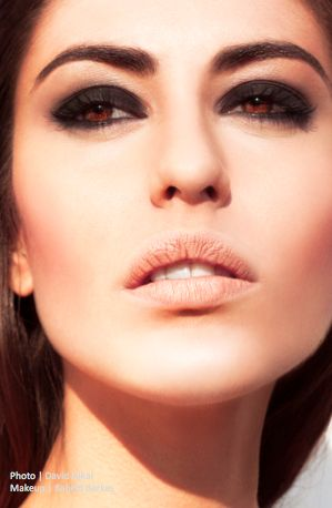 black smokey eyes inspired by monica belucci