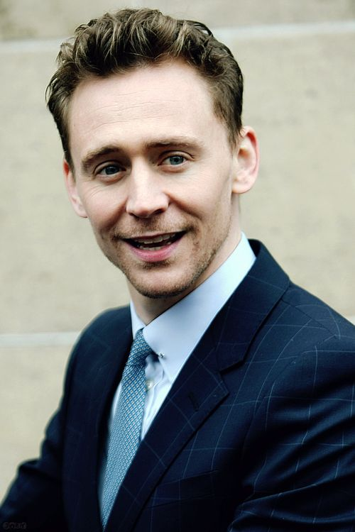 Tom hiddleston as Valentine in Tmi