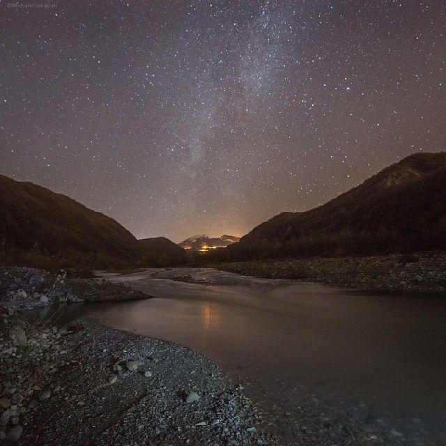 Cielo stellato sull'alta Valle del Secchia - Instagram by michelefornaciari