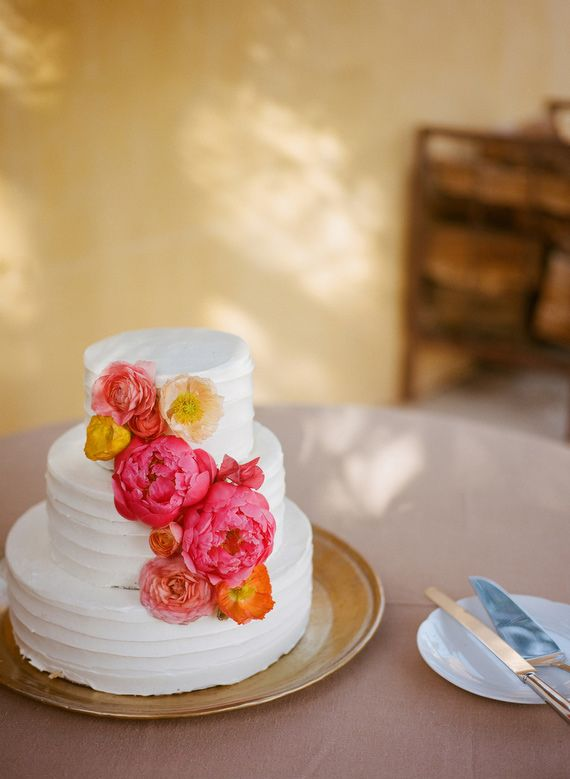 how to decorate a wedding cake with fresh fruit 126 best pink yellow weddings images on 15671