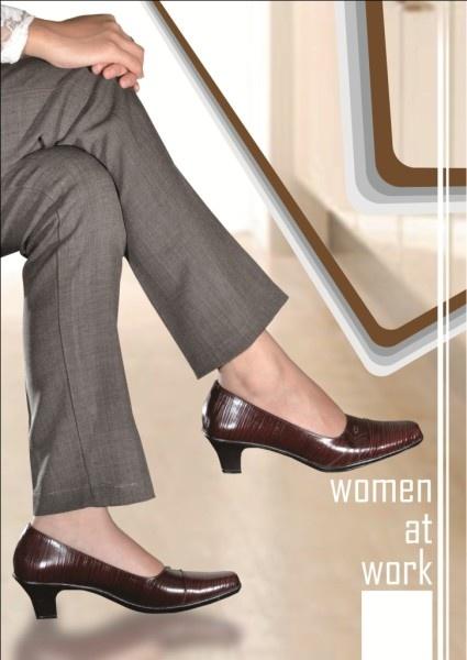 >> Klik di Sini Untuk Melihat Koleksi Sepatu Wanita <