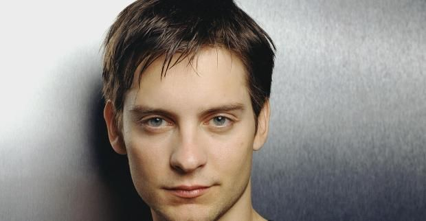 Tobey Maguire Signs On For CARDBOARD