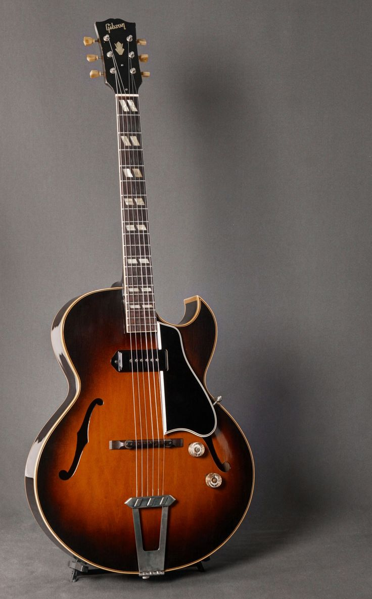 1950 Gibson ES-175. The definition of smooth.