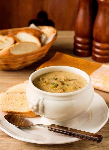 Брамборачка - это традиционный чешский суп с белыми грибами. Нет, до Чехии мы пока не добрались, к сожалению - этот суп я открыла для себя в одном их минских гастропабов. И, как большой любитель белых грибов, не могла не повторить.Суп очень вкусный, с насыщенным ароматом белых грибов и нежным вкусом, который придают блюду сливки. Кстати, [...]