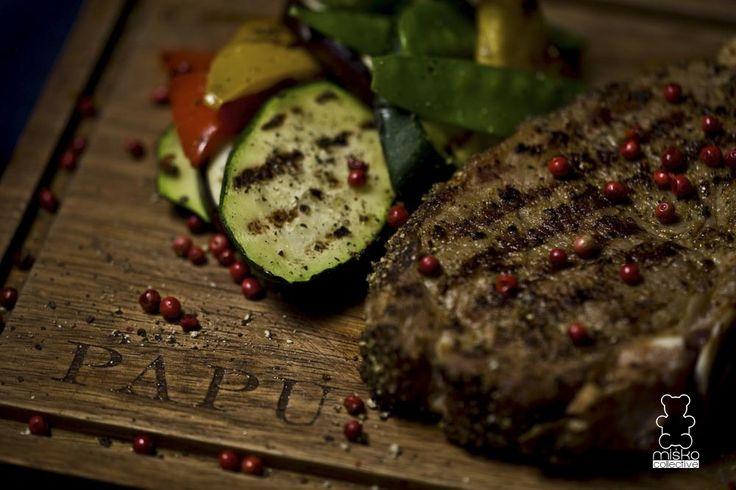 stek wołowy z warzywami /  beef steak with vegetables www.danielmisko.pl
