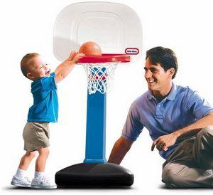 Игровое баскетбольное кольцо (Little Tikes EasyScore Basketball Set). Детское игровое баскетбольное кольцо растет вместе с Вашим малышом! Предназначенное для деток от полутора до 5 лет, это баскетбольное кольцо легким движением руки меняет свою высоту. Кольцо может быть установлено на высоте от 0,60 до 1,20 метров и имеет шесть позиций, которыми можно варьировать высоту подъема. http://drugstorerussia.com/vitaminy-i-antioksidanty/33/