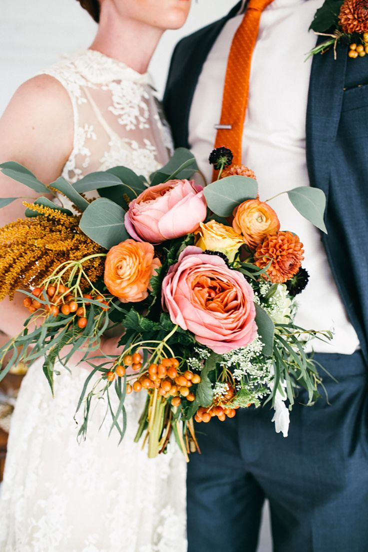 Pink and Orange Bouquet | photography by http://www.emmylowephoto.com