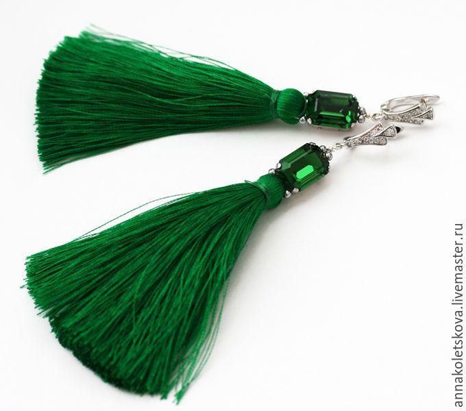 Купить Шёлковые серьги-кисти с цирконами и кристаллами Сваровски - зеленый, длинные серьги, серьги с кистями