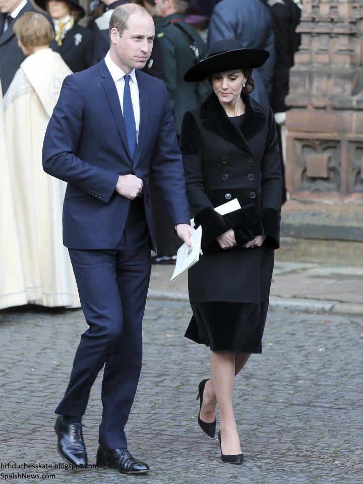 The Duke and Duchess of Cambridge joined several members of the Royal family to pay tribute to the sixth Duke of Westminster at a memorial s...