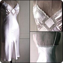 DIY Vintage Slip - FREE Sewing Pattern and Tutorial