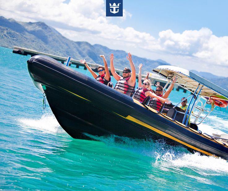 #royalfun Se você gosta de aventura não pode perder o Adrenaline Coastal Tour, passeio com o barco inflável RIB pelas águas de Labadee e da ilha Hispaniola! Clique na imagem para saber mais!