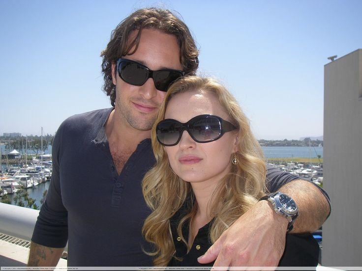Sophia Myles & Alex O'Loughlin of series Moonlight