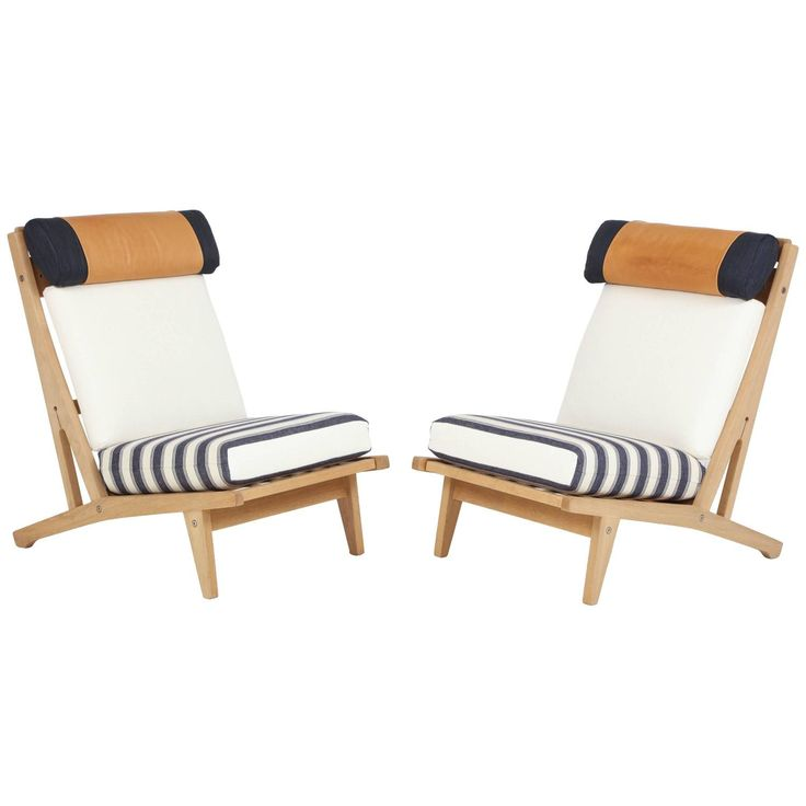 Sold: Pair of #HansJWegner #GETAMA Lounge #Chairs, circa 1960s - https://www.1stdibs.com/furniture/seating/lounge-chairs/pair-of-hans-j-wegner-getama-lounge-chairs-circa-1960s/id-f_4684793/