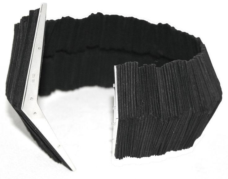 Paperi collar by Anniina Dunder-Berg 2011