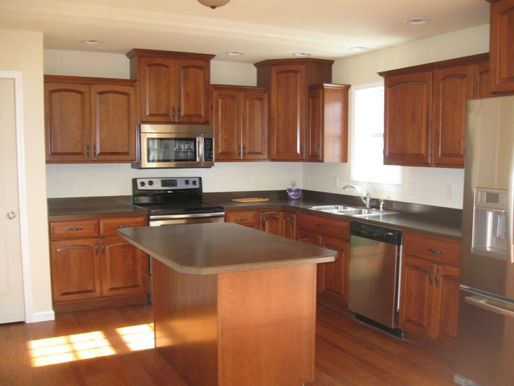 Cherry cabinets with colonial cherry finish brazilian for Brazilian cherry kitchen cabinets