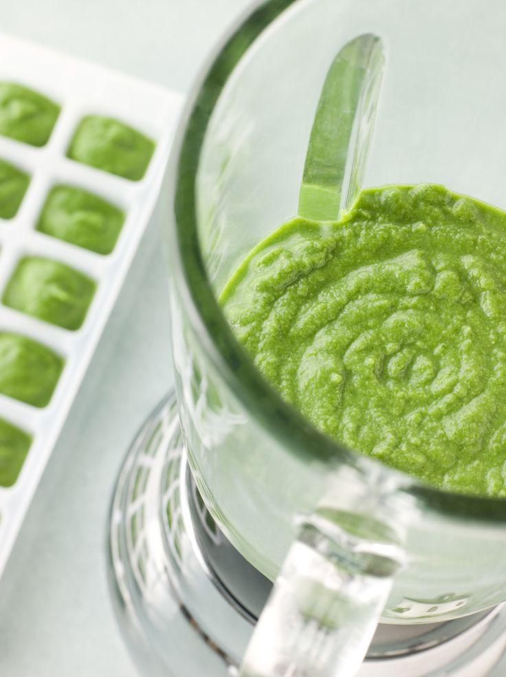 Hoe slim is dit idee: maak een keer per week een flinke hoeveelheid van deze superhealthy groene smoothie, giet 'm in een vorm en ontdooi elke morgen een paar blokjes. Nu heb je helemaal geen reden meer om niet of ongezond te ontbijten en/of snacken! Doe de ingrediënten in een blender container en mix tot […]