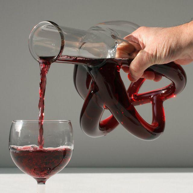 An artery pumping wine decanter. #sciencegeek