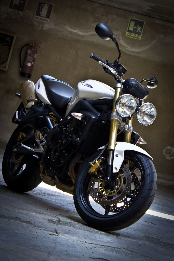 Triumph Street Triple. I could use this on the open road