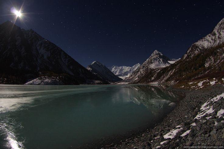 лёд Белуха Аккемское озеро снег сентябрь фото осень Катунский хребет туризм поход