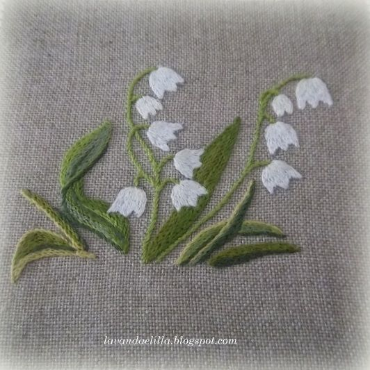 Would also be pretty with the flowers sewn on as bits of cloth.
