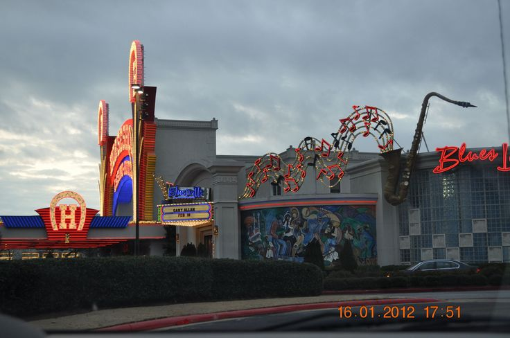 Tunica mississippi casino drive jupiters casino show