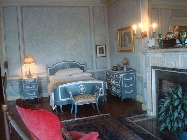 Торонто,  замок  Каса  Лома,  спальня  леди  Мэри  Пеллат.