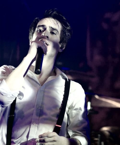 brendon urie <3 panic! at the disco. (:
