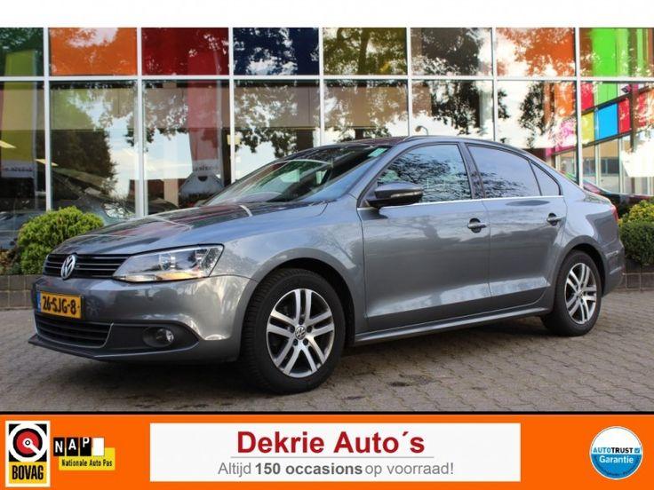 Volkswagen Jetta  Description: Volkswagen Jetta 1.6 TDI HIGHLINE BLUEMOTION  Price: 171.52  Meer informatie