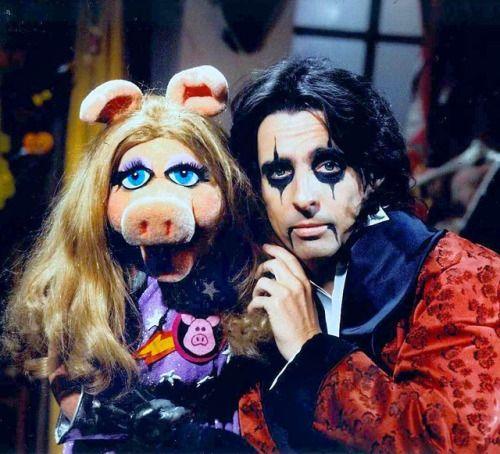 Best 25 The Muppet Christmas Carol Ideas On Pinterest: Best 25+ Miss Piggy Ideas On Pinterest