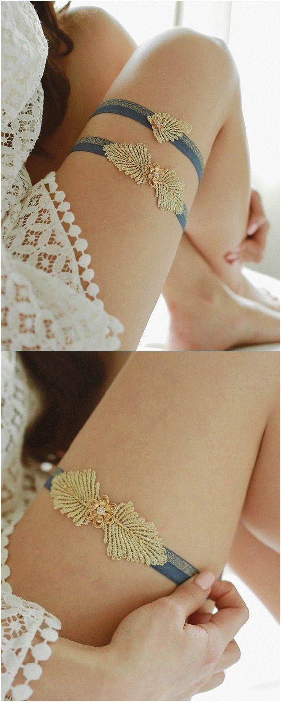 Blue and gold wedding garter / http://www.deerpearlflowers.com/wedding-garters-sets-from-etsy/