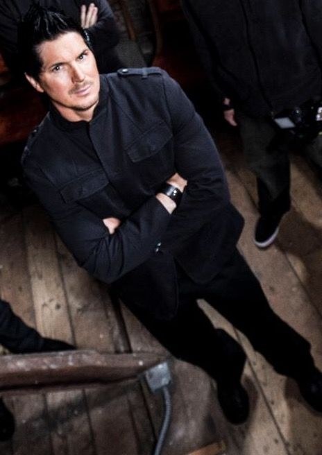 I think of you every day. I still love you. You are so beautiful that I will love you all my life. I love you Zak Bagans!  #zakbagans