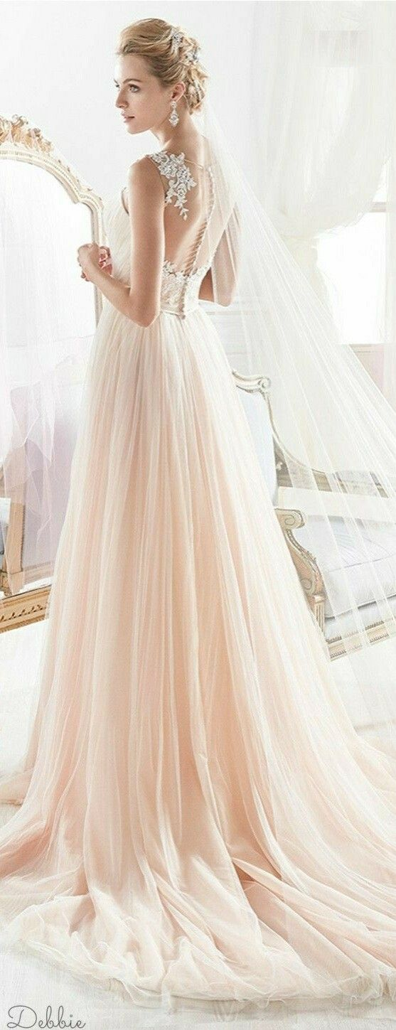 39 best wedding dresses images on pinterest princess. Black Bedroom Furniture Sets. Home Design Ideas