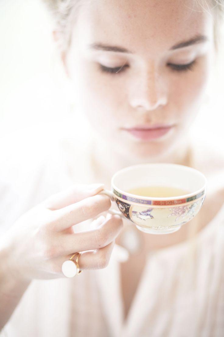 Druzzy white ring