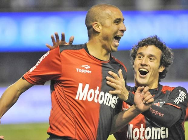 David Trezeguet, Newell's Old Boys (2013–2014 on loan, 24 apps, 7 goals)