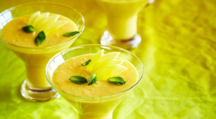 Холодный манговый мусс, ссылка на рецепт - https://recase.org/holodnyj-mangovyj-muss/  #Мясо #блюдо #кухня #пища #рецепты #кулинария #еда #блюда #food #cook