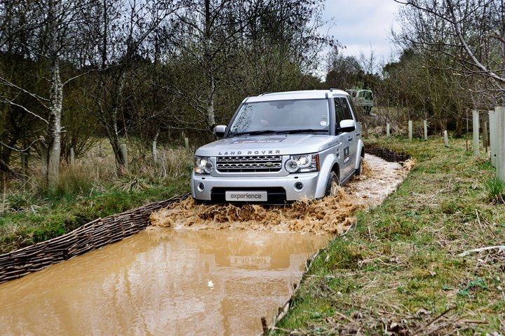 In cooperation with Land Rover Experience we offer corporate driving days on various locations. Bespoke options possible, contact us for your requirements.