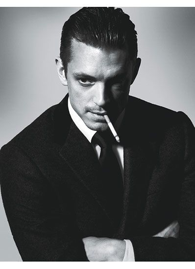 Joel Kinnaman. My tv crush from The Killing