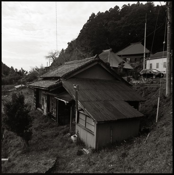 https://flic.kr/p/qNnXeb | Kamogawa, Chiba | Bronica C/55mm, Fuji Acros