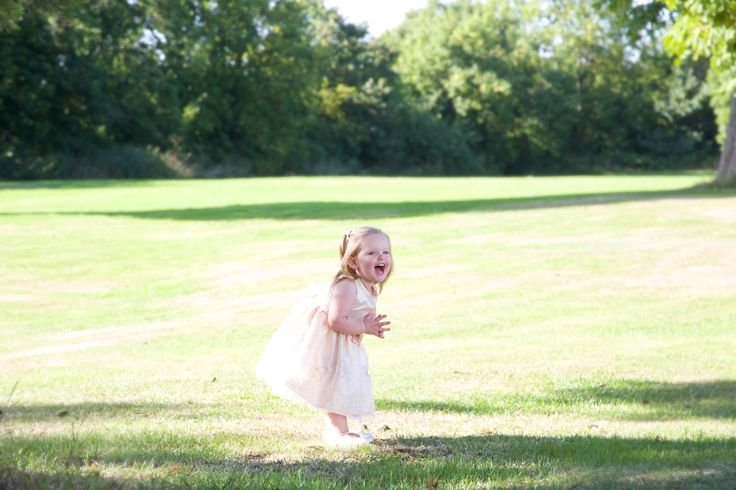Wedding In London - The flower girl laughs!