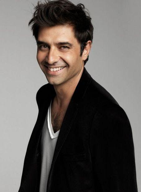 Cansel Elçin (nacido el 20 de septiembre de, 1973), es un turco el actor .     Biografía   Cansel Elçin nació en Izmir , Turquía , pero su...