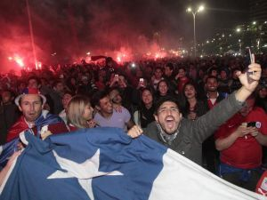 El Empire State de Nueva York se iluminó con los colores de Chile y Argentina por la final de la CA100 | soychile.cl