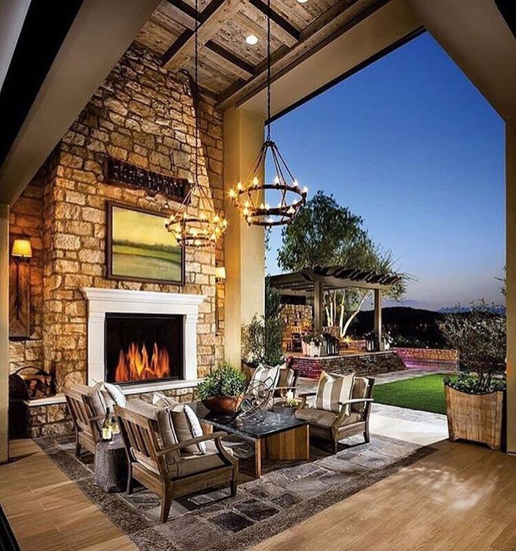 Outdoor living by Toll Brothers