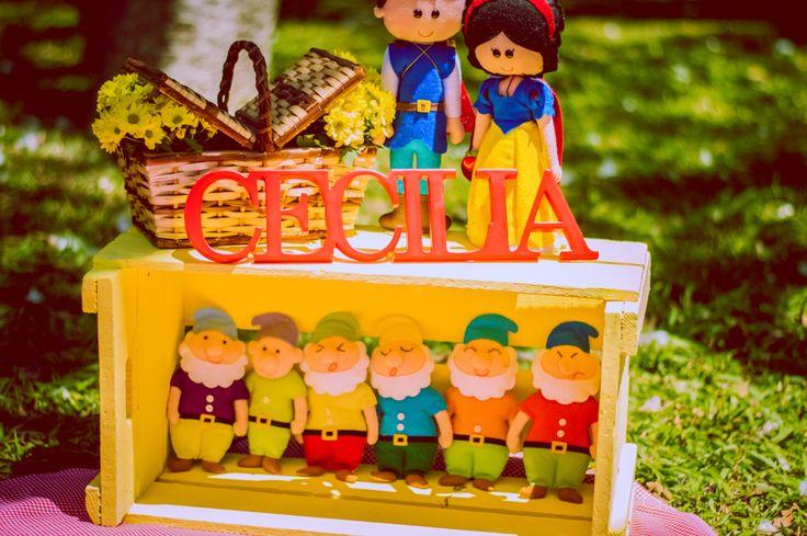 Smash the Cake Cecília Parque Branca de Neve Decoração Personalizada Chá com Menta Fotografia Cotia