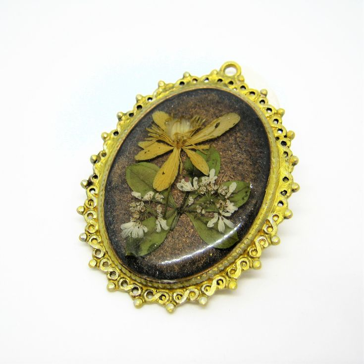 Vintage style jewel, Resin, <b>Flower pendant</b>, Antique look <b>jewelry</b> ...